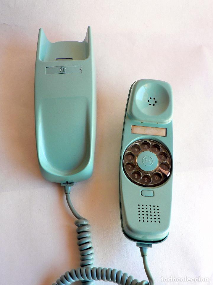 TELEFONO VINTAGE DE CTNE MODELO GONDOLA DE PARED AZUL CLARO AÑOS 70 CITESA (Antigüedades - Técnicas - Teléfonos Antiguos)