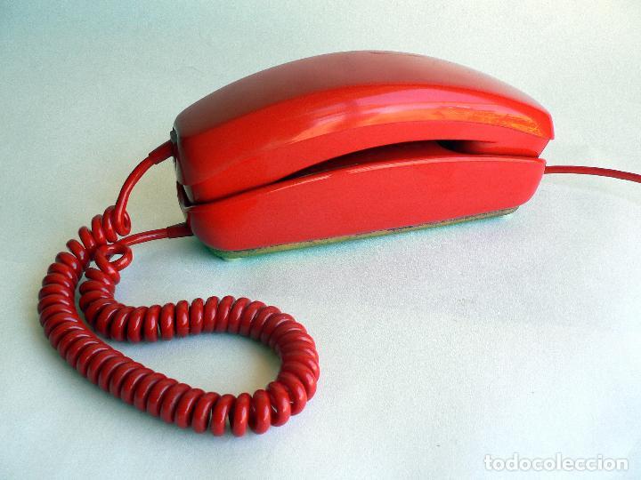 TELEFONO VINTAGE DE CTNE MODELO GONDOLA COLOR ROJO AÑOS 70 CITESA. (Antigüedades - Técnicas - Teléfonos Antiguos)