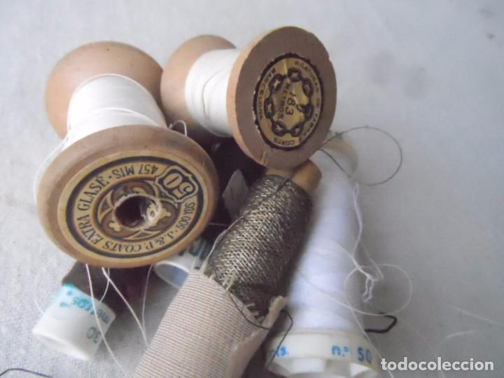 Antigüedades: HILO carretes bobina madera para coser bordar maquina HILO METALICO LOTE DE LA FOTO - Foto 2 - 182239045