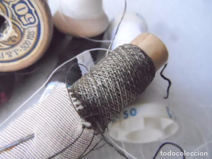 Antigüedades: HILO carretes bobina madera para coser bordar maquina HILO METALICO LOTE DE LA FOTO - Foto 3 - 182239045