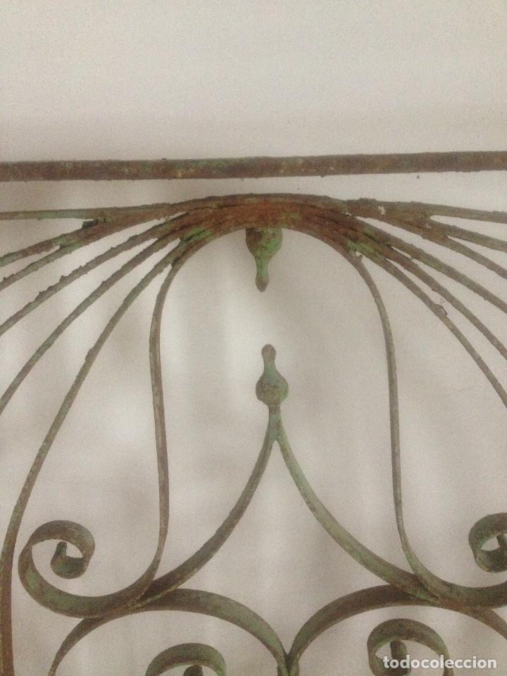 Antigüedades: REJA HIERRO ANTIGUA VENTANA - Foto 2 - 90874718