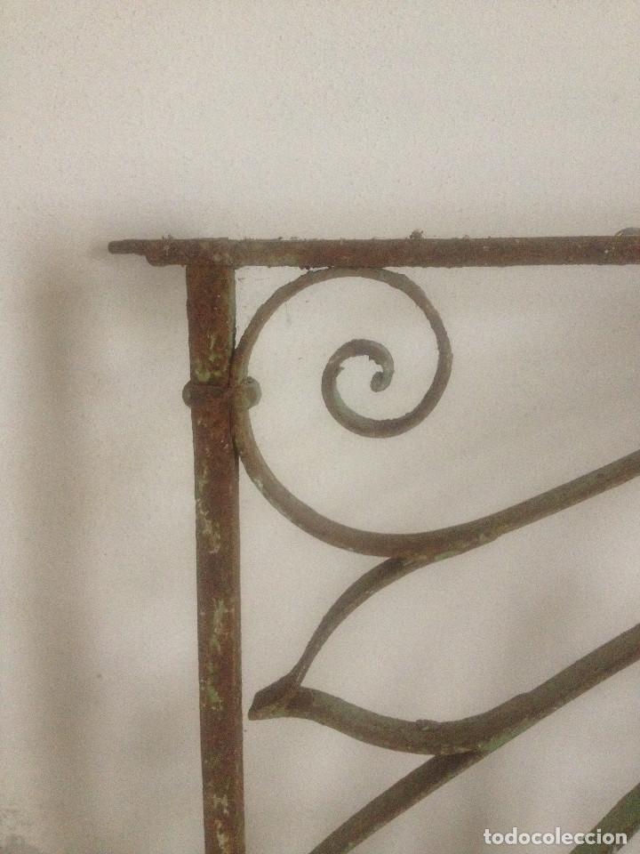 Antigüedades: REJA HIERRO ANTIGUA VENTANA - Foto 3 - 90874718