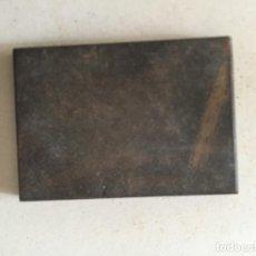 Antigüedades: PIEDRA PEQUEÑA DE TOQUE DE PLATERO, MEDIDAS 5 X 3,5 CM.. Lote 78546573