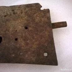 Antigüedades: CERRADURA DE FORJA DEL XIX. Lote 78624869