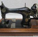 Antigüedades: MAQUINA DE COSER SINGER, ESCOCIA 1925. Lote 78693397