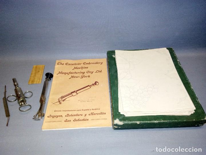 918- ANTIGUA MAQUINA/SET DE TEJER + 15 PATRONES ( THE EXCELSIOR MACHINE) - AÑO 1919 ( RARA) (Antigüedades - Técnicas - Máquinas de Coser Antiguas - Otras)