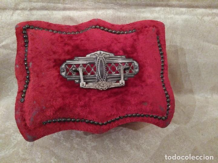 Antigüedades: Antiguo costurero modernista de confitería madrileña - Foto 2 - 78947753