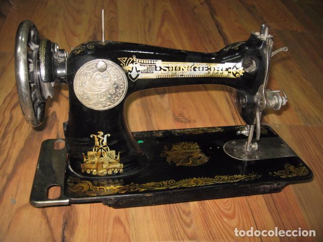 Antigüedades: Máquina de coser Singer, encastrada en mueble de formica. Medida mueble: 41 x 57,5 x 80 cms. altura. - Foto 5 - 39912591