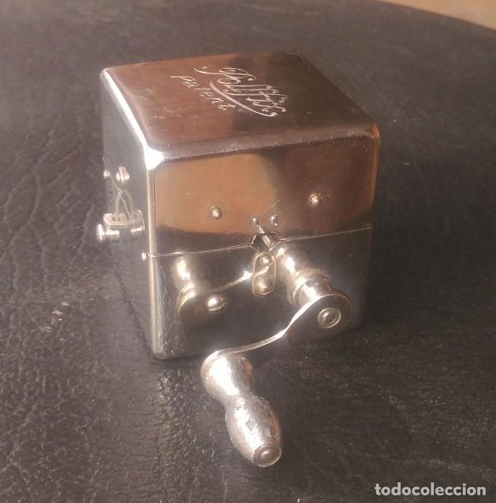 AFILADOR DE HOJAS O CUCHILLAS DE AFEITAR ROLLFIX MADE IN GERMANY DE 1920 (Antigüedades - Técnicas - Barbería - Maquinillas Antiguas)