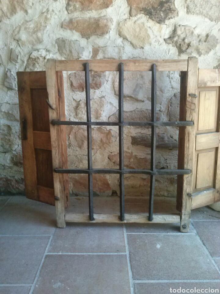 Antigüedades: Bonita antigua ventana con reja de forja. Bien restaurada - Foto 2 - 79078730