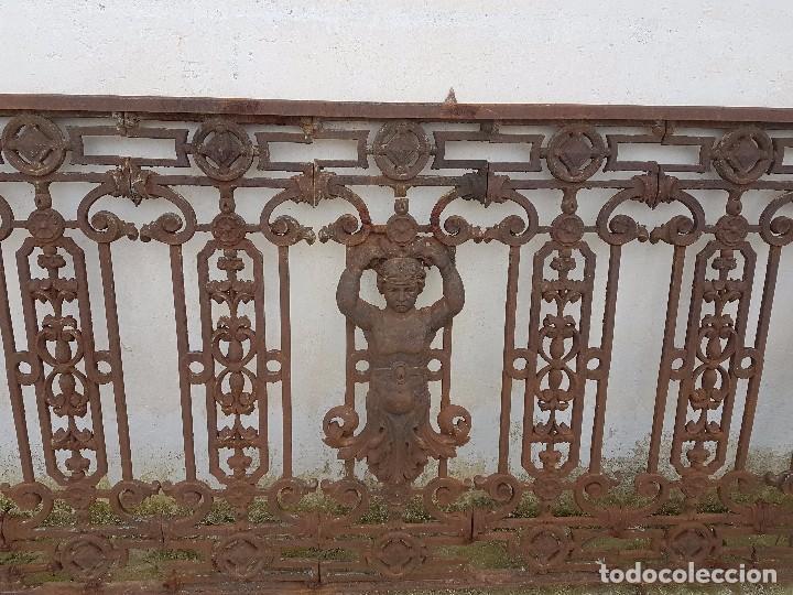 Antigüedades: BARANDA O REJA DE BALCÓN DE FUNDIDO MUY ANTIGUO - Foto 3 - 79097589