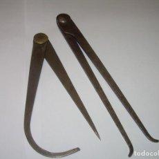 Antigüedades: ANTIGUOS COMPASES DE HIERRO FORJADO- SIGLO XVIII. Lote 79498485