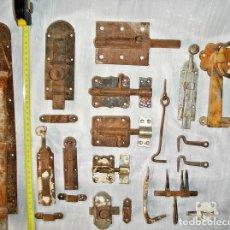 Antigüedades: LOTE CERROJOS Y PESTILLOS. Lote 79589529