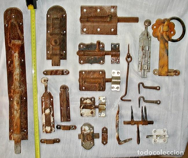 Antigüedades: LOTE CERROJOS Y PESTILLOS - Foto 5 - 79589529