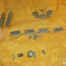 Antigüedades: RECAMBIOS MESITA. Lote 79600277