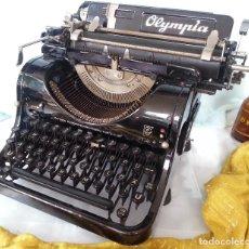 Antigüedades: ANTIGUA MÁQUINA ESCRIBIR MARCA OLYMPIA 8. AÑO 1.940. OLD WRITING MACHINE:. Lote 79915169