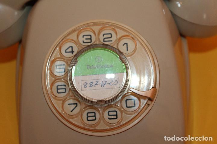 Teléfonos: TELEFONO ANTIGUO COLOR GRIS - AÑOS 70 FUNCIONA PERFECTAMENTE - Foto 7 - 146616409
