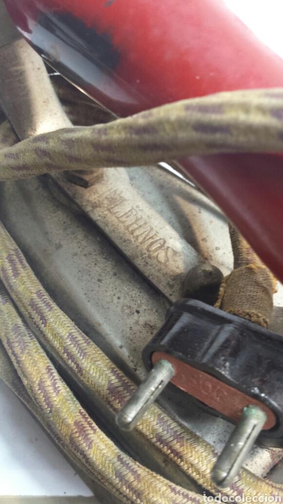 Antigüedades: Plancha antigua Lehnos con cable original años 60 - Foto 3 - 80210975