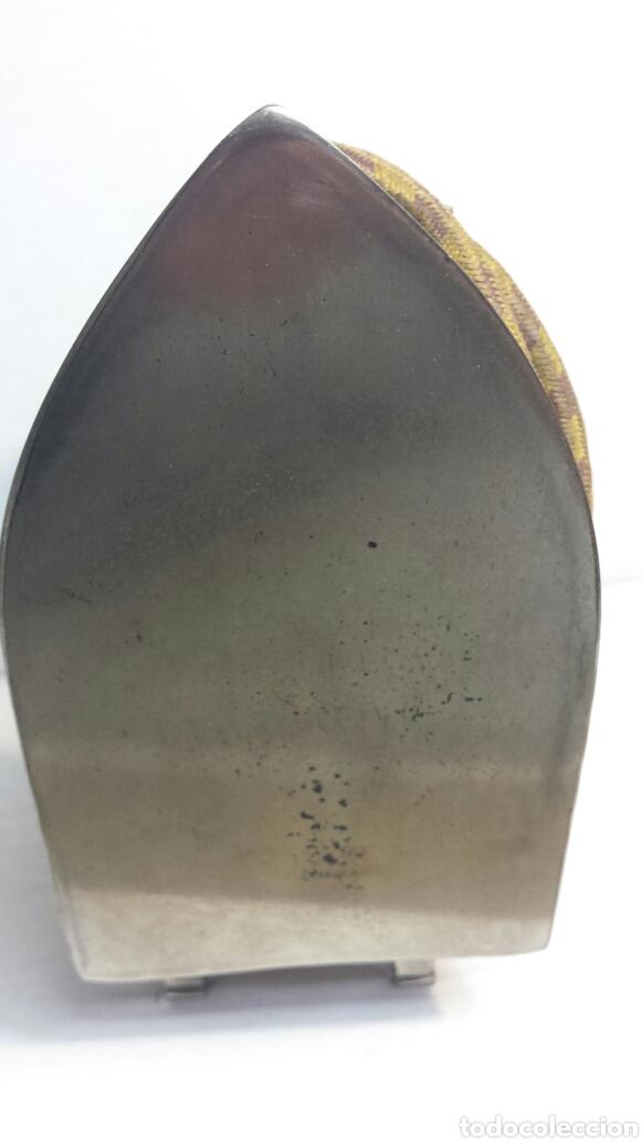 Antigüedades: Plancha antigua Lehnos con cable original años 60 - Foto 4 - 80210975