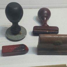 Antigüedades: LOTE TAMPONES Y BARRA SELLADORA CARTAS MUY ANTIGUA. Lote 80267199