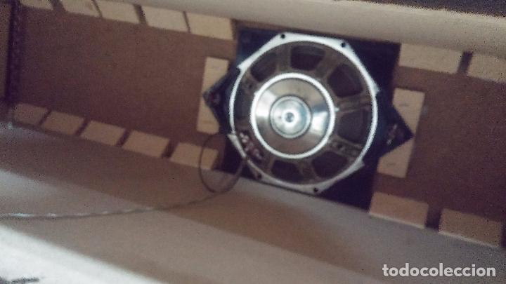 Antigüedades: Botita televisión antigua de valvulas, mueble de puertas correderas, ideal para adornar escaparate - Foto 37 - 80304625