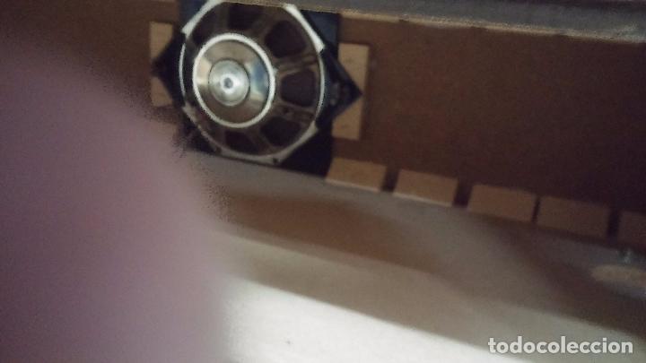 Antigüedades: Botita televisión antigua de valvulas, mueble de puertas correderas, ideal para adornar escaparate - Foto 38 - 80304625