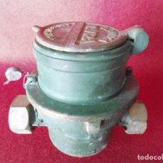 Antigüedades: ANTIGUO CONTADOR DE AGUA DE METAL ELORRIAGA TAVIRA AÑO 1959. Lote 80878851