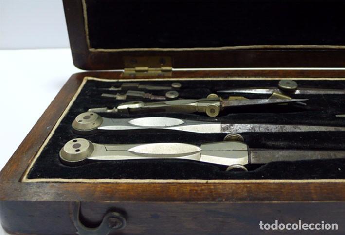 Antigüedades: Caja de compases- instrumentos técnicos-hierro forjado y bronce -Finales S.XIX - Foto 2 - 80967380