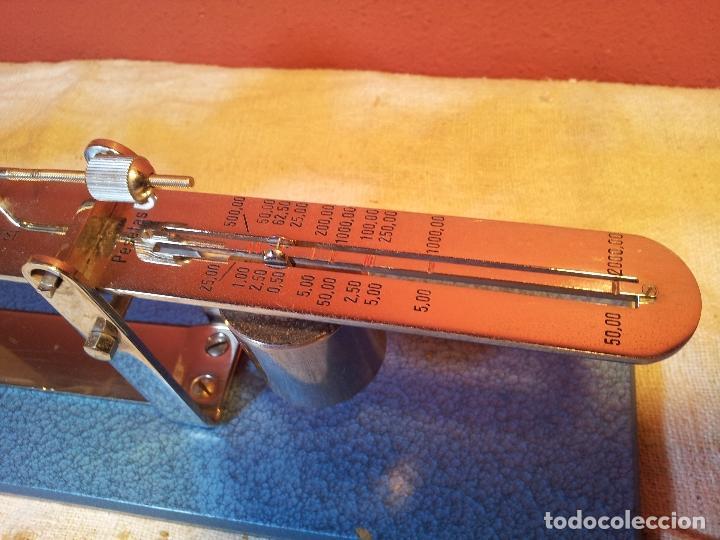 Antigüedades: BALANZA BASCULA DE EQUILIBRIO PARA PESADO DE PESETAS DE PLATA---MONEYTEST..AÑOS 50 ..ESPAÑOLA .. - Foto 26 - 81288216