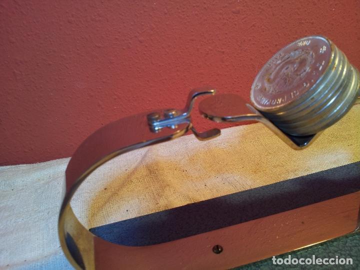 Antigüedades: BALANZA BASCULA DE EQUILIBRIO PARA PESADO DE PESETAS DE PLATA---MONEYTEST..AÑOS 50 ..ESPAÑOLA .. - Foto 30 - 81288216