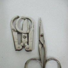 Antigüedades: LOTE 2 TIJERAS PEQUEÑAS - TIJERAS PLEGABLES ANTIGUAS + TIJERAS MARCA SOLIGER. Lote 81827896