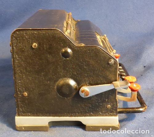 Antigüedades: ANTIGUA CALCULAORA MECANICA PIEZA DE MUSEO Y COLECCION FUNCIONANDO PERFECTA 290,00 € - Foto 2 - 82676788
