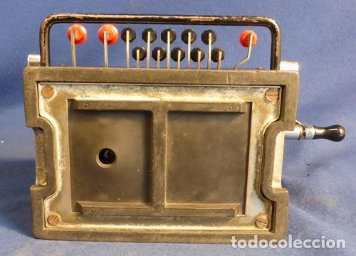 Antigüedades: ANTIGUA CALCULAORA MECANICA PIEZA DE MUSEO Y COLECCION FUNCIONANDO PERFECTA 290,00 € - Foto 7 - 82676788