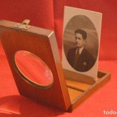 Antigüedades: ANTIGUO VISOR LUPA POSTAL Y FOTOGRAFIA EN MADERA DE ROBLE. Lote 90432370