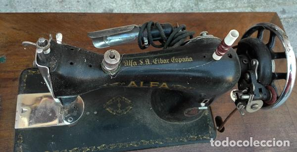 Antigüedades: Máquina de coser Alfa años 50-60 - Foto 5 - 82394703