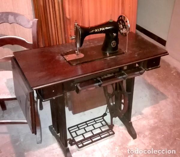 Antigüedades: Máquina de coser Alfa años 60 - Foto 2 - 99528708