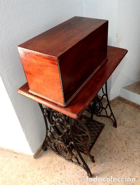 Antigüedades: Máquina de coser Singer - Foto 2 - 82394727