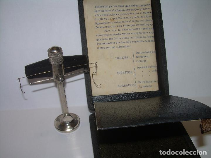 Antigüedades: ANTIGUA BALANZA MICROMETRICA PARA PESAR HILOS... CON SU CAJA ORIGINAL. - Foto 3 - 235541390