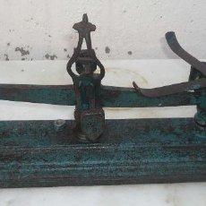 Antigüedades: ANTIGUA BALANZA DE HIERRO. FUERZA 5K.. Lote 83187972