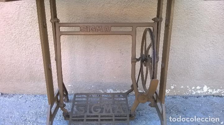 Antigüedades: MAQUINA DE COSER SIGMA -RECOGIDA LOCAL O A CARGO DEL COMPRADOR - Foto 4 - 83397864