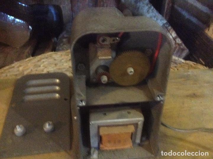Antigüedades: Visionador, REBOBINADOR DE PELÍCULAS 8mm MURAY - Foto 7 - 223042970