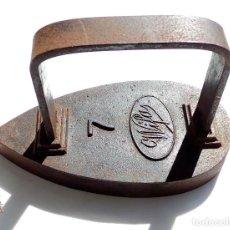Antigüedades: PLANCHA DE HIERRO MUY BUENA CONSERVACIÓN Nº7. Lote 83636224