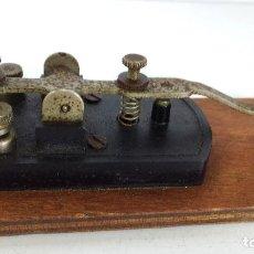 Antigüedades: ANTIGUO PULSADOR PARA TELÉGRAFO -. Lote 83734796