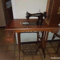 Antigüedades: MAQUINA DE COSER ANTIGUA. Lote 83745892