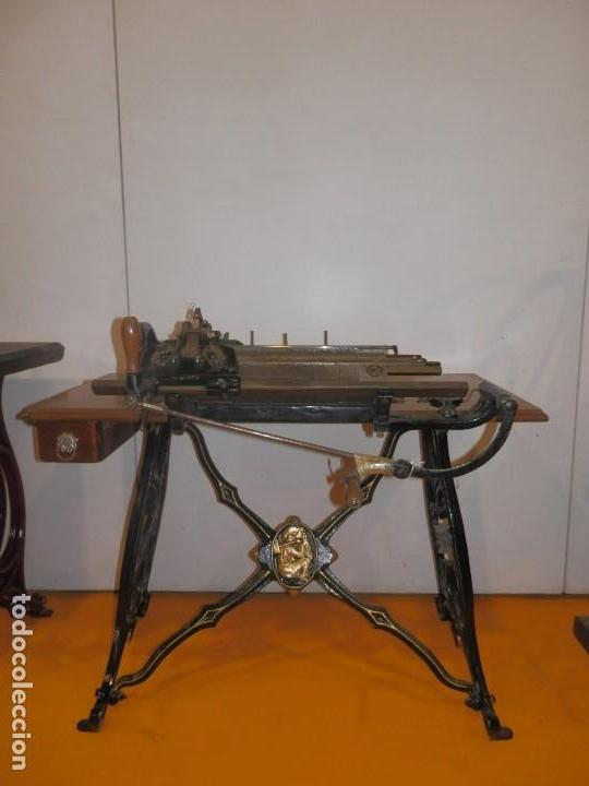FANTÁSTICA MÁQUINA DE TRICOTAR WERTHEIM RÁPIDA SA (BARCELONA) (Antigüedades - Técnicas - Máquinas de Coser Antiguas - Wertheim )