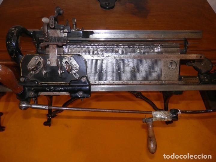 Antigüedades: Fantástica máquina de tricotar Wertheim Rápida SA (Barcelona) - Foto 3 - 83762120