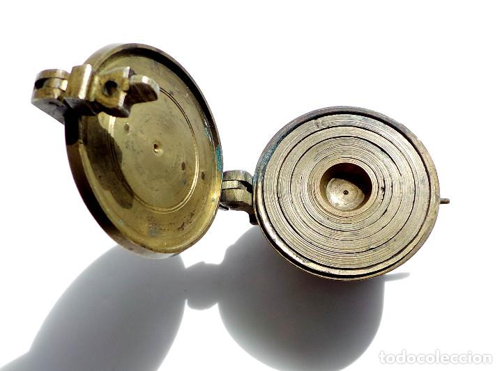 Antigüedades: PONDERALES DE BRONCE P. JUAREZ OVIEDO -SELLOS CRUZ -VASOS ANIDADOS PARA PESAR ORO - SIGLO XVII-XVIII - Foto 3 - 83909240