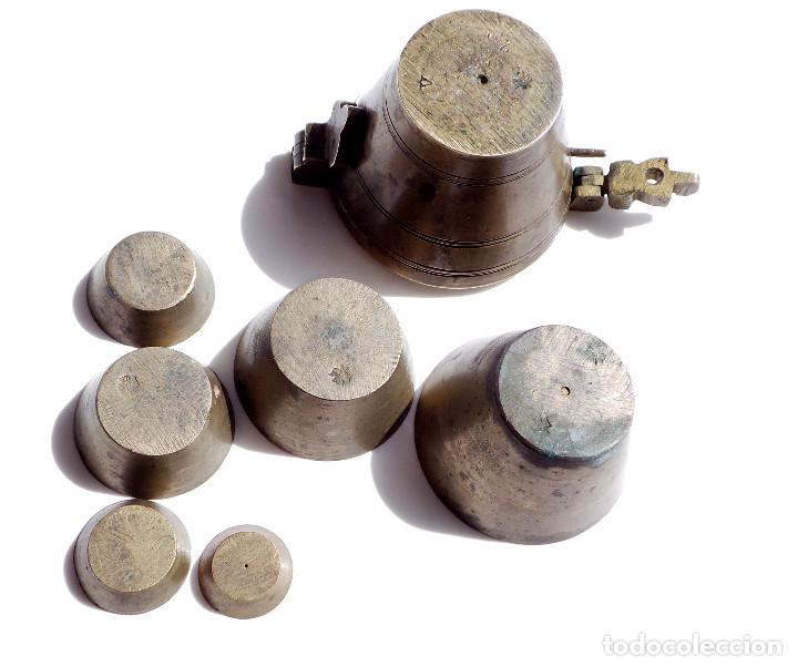 Antigüedades: PONDERALES DE BRONCE P. JUAREZ OVIEDO -SELLOS CRUZ -VASOS ANIDADOS PARA PESAR ORO - SIGLO XVII-XVIII - Foto 8 - 83909240