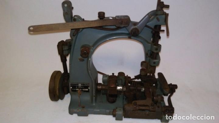 MAQUINA DE COSER INDUSTRIAL ANTIGUA (Antigüedades - Técnicas - Máquinas de Coser Antiguas - Otras)