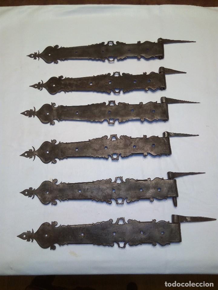BISAGRA ANTIGUA DE HIERRO FORJADO (Antigüedades - Técnicas - Cerrajería y Forja - Bisagras Antiguas)